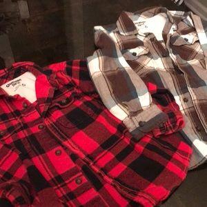 EUC Osh Kosh size 6 flannel shirts